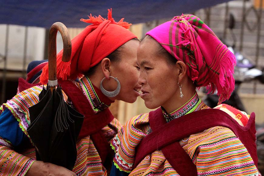 Flower Hmong women