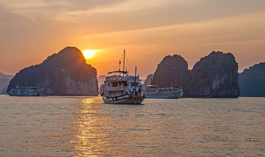 7 Reasons Vietnam Sailing Tours Are a Beautiful Way to See the Country