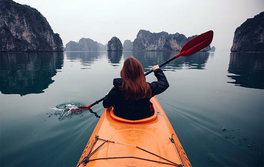 kayak Ha Long Bay